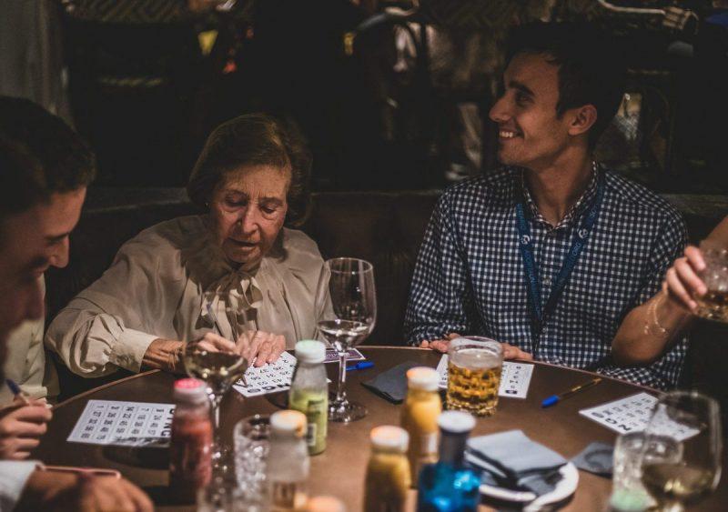 actividad bingo con abuelos